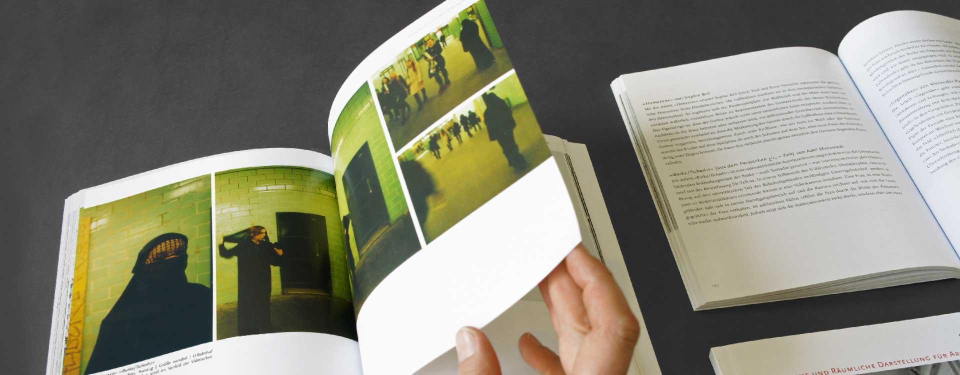 Book Plastische und Räumliche Darstellung für Architekten, publisher UdK, Berlin; Design: Kattrin Richter | Graphic Design Studio